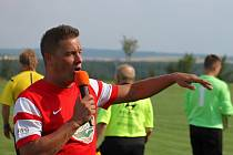 Mercedes tým Petra Švancary hrál na oslavách 75. výročí fotbalu ve Vavřinci.