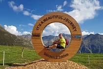 Dušan Machourek při jednom ze svých oblíbených výletů po horách.