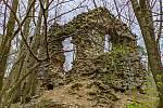 Výlet Moravským krasem. Zříceniny hradu Blansek, druhdy pevné opory jižní výspy domén olomouckých biskupů.