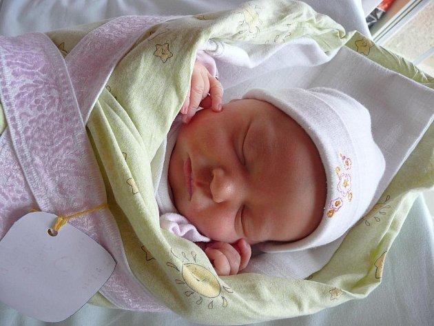 Julie Cupová, 49 cm, 3,56 kg, 2. 4. 2011, Blansko.