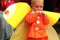 Děti v nejrůznějších maskách se v úterý vydováděly na dětském karnevalu v Blansku.
