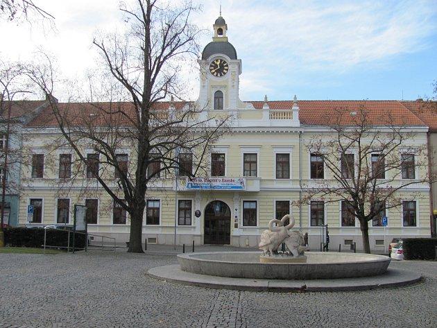 Radnice na náměstí Svobody vBlansku.