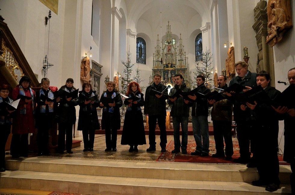 Koncert věnovaný Tří králům uspořádali v sobotu večer i v Jedovnicích.