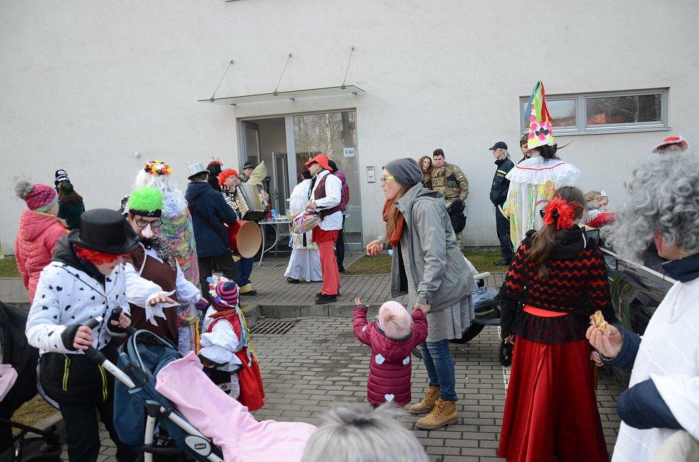 Pestrý masopustní průvod prošel Svitávkou. Foto: archiv městyse