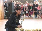 Michaela Bartošová vede v Kunštátu taneční skupinu Bami. A pořádá taneční soutěže.