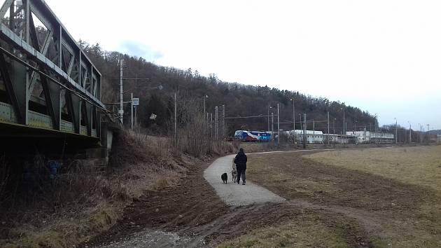 Nová cesta ze Lhoty Rapotina do Skalice nad Svitavou