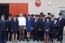 Sbor dobrovolných hasičů z Křetína letos slaví sto třicet let od svého založení. V současnosti má osmačtyřicet členů, z toho čtrnáct žen. K dispozici mají moderní techniku, včetně dvou stříkaček.