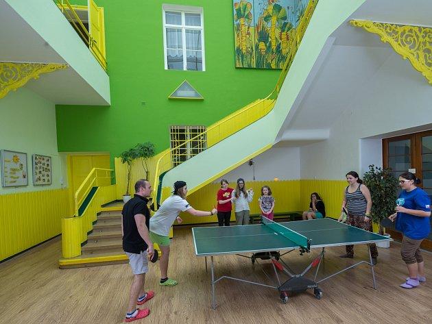 Zámek ve Křetíně slouží jako léčebna pro děti.