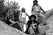 Americká kapela Simeon Soul Charger vystoupí v sobotu večer v boskovickém Zámeckém skleníku.