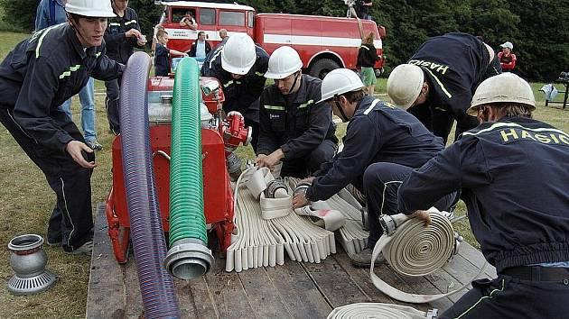 Dobrovolní hasiči z Olešné.