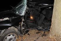 Při tragické nehodě u Lažánek zahynul osmnáctiletý mladík.