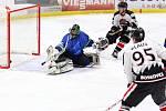 Okresní derby krajské hokejové ligy Boskovice (bílé dresy) - Blansko jasně ovládla domácí Minerva. Dynamiters porazila  vysoko 10:2.