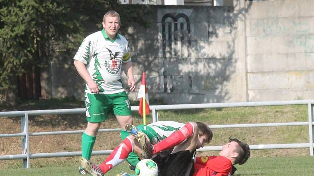 Martin Klimeš v zápase Rájce-Jestřebí. Teď si zkusí kromě hraní i trenérskou funkci.