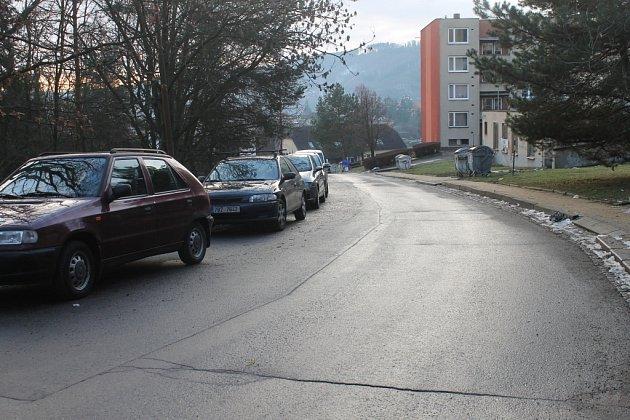 Město chce udělat itřetí etapu obnovy tamního sídliště Sever. Opravy se budou týkat ulice Absolonova.