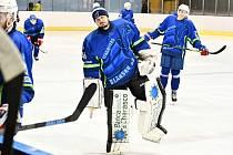 Hokejový brankář Dynamiters Blansko Jarmil Vlach.