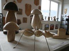 V blanenské galerii a antikvariátu Jonáš vystavuje svá díla výtvarník Lubomír Jedlička.