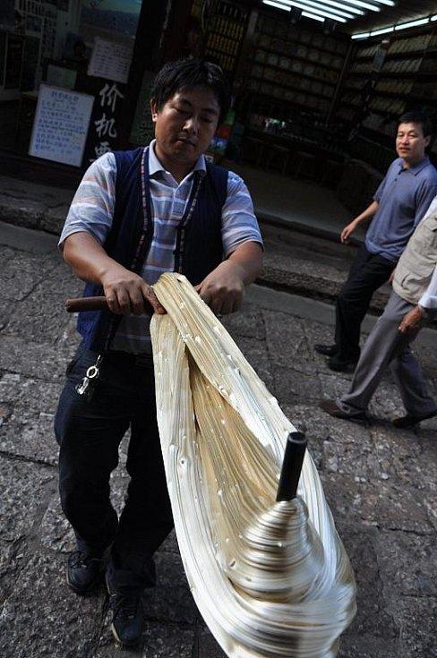 výroba zázvorového cukru
