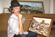 Šestapadesátiletý boskovický malíř Jaroslav Henzl