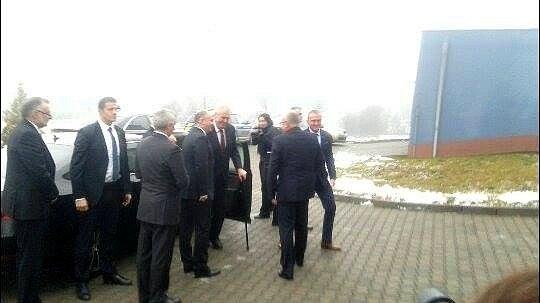 Prezident vBlansku zavítal mezi zaměstnance dvou firem.