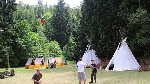 Skautský tábor ve Vysočanech.