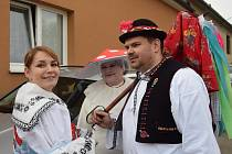 Maškary se veselily na tradičních Ostatcích v blanenské Obůrce. Foto: archiv SDH Obůrka