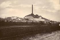 Historie šamotky ve Velkých Opatovicích sahá do poloviny devatenáctého století. Tehdy Ignác Meisel z Březiny získal kutací právo na lupky a žáruvzdorné jílovce.