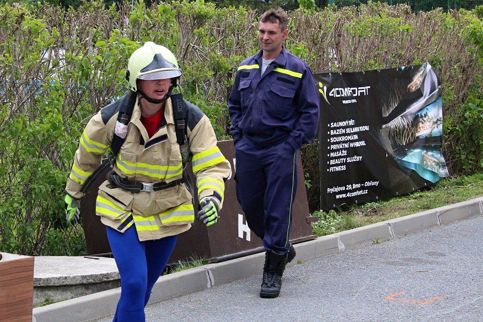 Trať závodu TFA Železný hasič v Olešnici prověřila devětadvacet mužů a jedenáct žen.