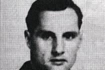 Jaroslav Štěrbáček byl asi prvním Čechem, který položil život za Anglii. 31. srpna 1940 byl sestřelen nad ústím Temže německým stíhačem.
