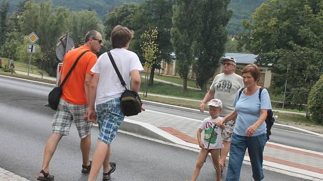 V opravené ulici Poříčí v Blansku stále chybí přechody pro chodce.