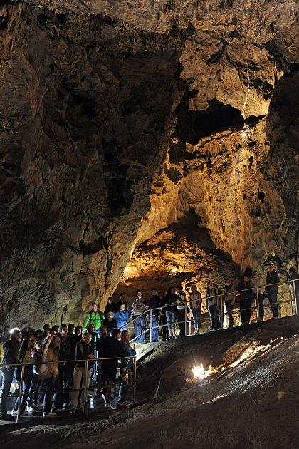 Punkevní jeskyně vMoravském krasu.
