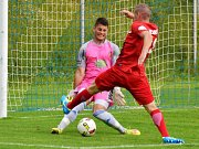 V posledním utkání letošního ročníku divize remizovali fotbalisté FK Blansko (červené dresy) se Sokolem Tasovice 1:1.
