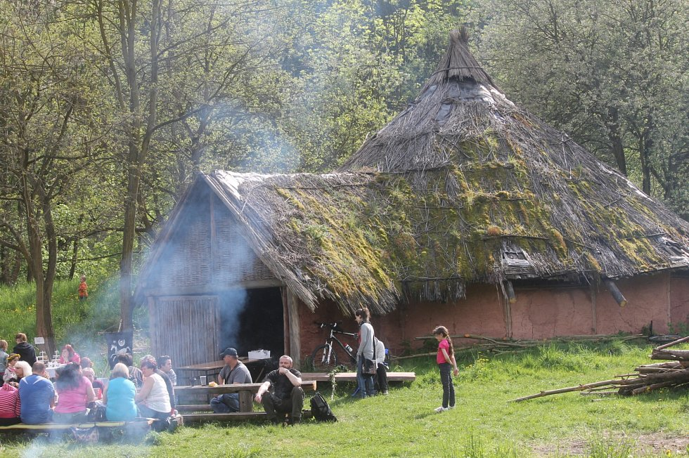 V Archeoparku Isarno u Letovic se odehrála keltská svatba.