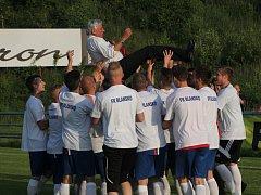 Fotbalisté Blanska porazili v posledním zápase sezony Polnou 3:1 a oslavili vítězství v divizi D. Zápas sledovala rekordní divácká návštěva 1 085 lidí.