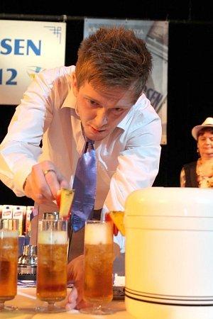 Soukromá Střední škola gastronomická Blansko už desátý rok pořádá barmanskou soutěž Amundsen Cup. Specialitou školy je organizace rautů a cateringových služeb na profesionální úrovni.