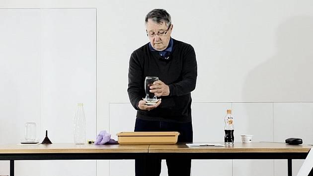 Videa s fyzikálními zázraky najdou diváci na YouTube muzea.