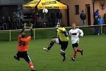 Fotbalisté Ráječka ztratili vyhraný zápas pět minut před koncem a remizovali s Moravským Krumlovem 2:2.