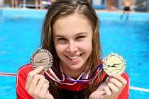 Jejím velkým snem bylo získat zlato z republikového šampionátu. Tento sen se stal o víkendu skutečností.  Řeč je o blanenské plavkyni Veronice Zamazalové, která se na třídenním Mistrovství České republiky dorostu představila ve výborné formě.