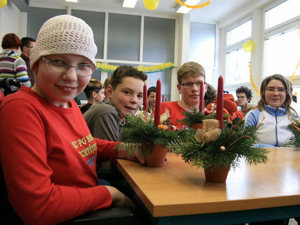 Děti z blanenské základní školy se připravují na Vánoce.