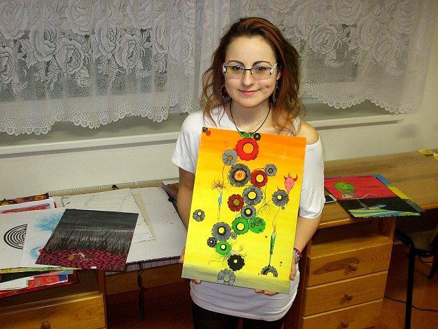 Osmnáctiletá Veronika Válová sice pochází z Valtic, ale v posledních čtyřech letech tráví většinu času v Letovicích. Ve škole nebo na internátu. A v tomto městě se jí líbí. Po maturitě se ale z pochopitelných důvodů vydá do většího Brna. I nadále se chce