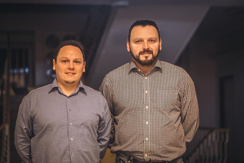 Jiří (vlevo) a Aleš Přikrylovi patří mezi výrazné osobnosti stolního tenisu v Blansku.