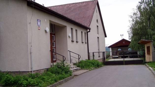V Cetkovicích zateplí kulturní dům.