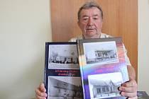 Když se v blanenské místní části Těchov něco děje, je u toho Josef Vylášek. S kamerou a fotoaparátem. Aktivní důchodce léta zaznamenává akce sboru dobrovolných hasičů a také ostatní dění v obci. Před několika lety zpracoval do nové podoby třídílnou obecní