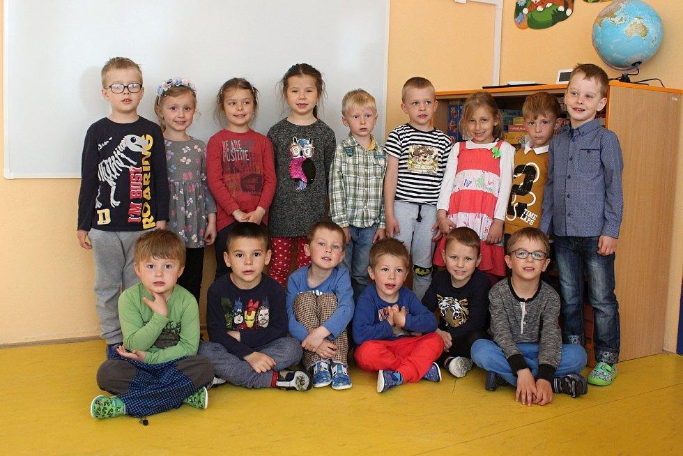 Mladší děti z II. Mateřské školy v Rájci-Jestřebí.