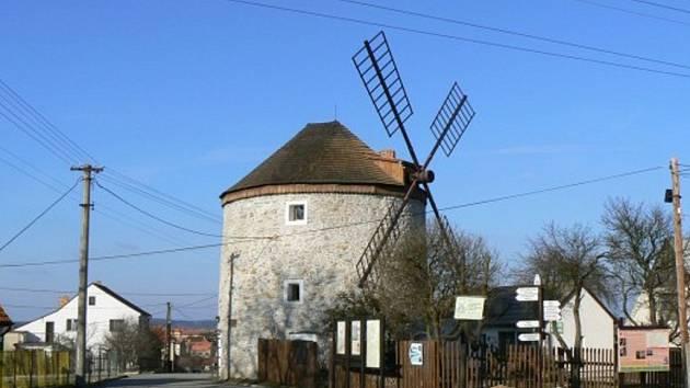 Větrný mlýn v Rudici