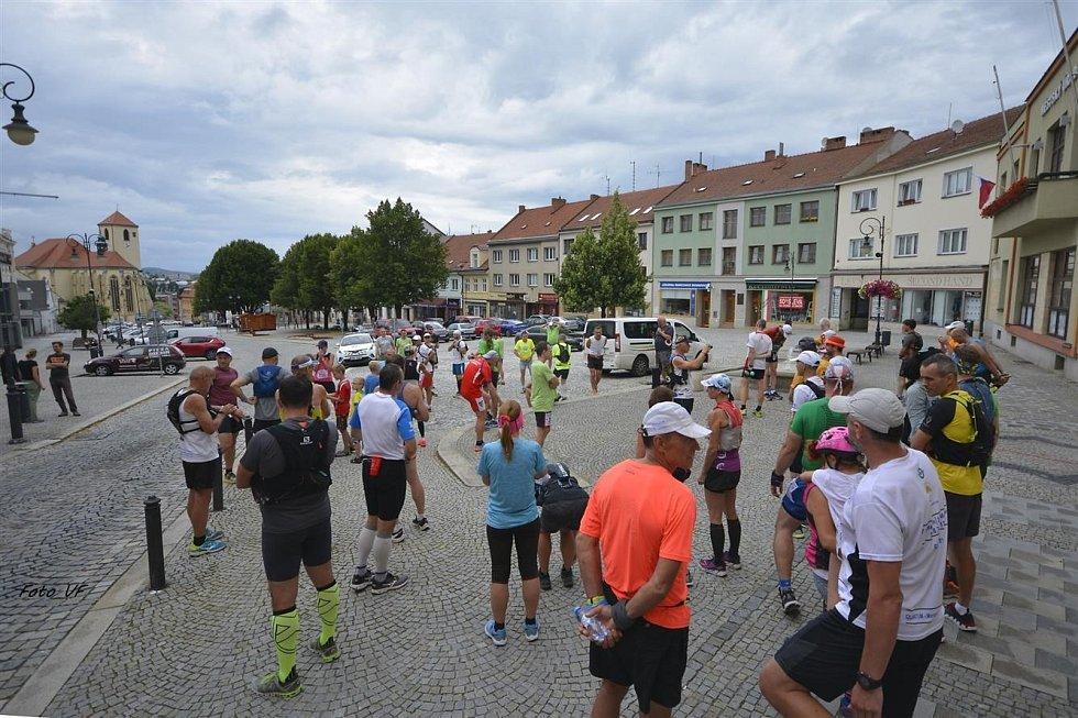 Start etapy Moravského ultramaratonu.