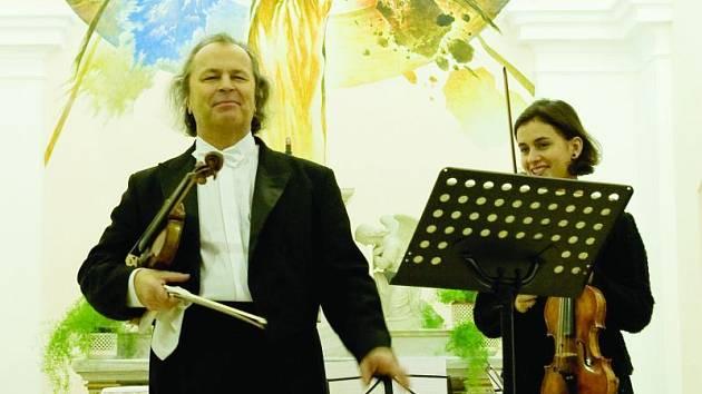 Přední český houslista Václav Hudeček
