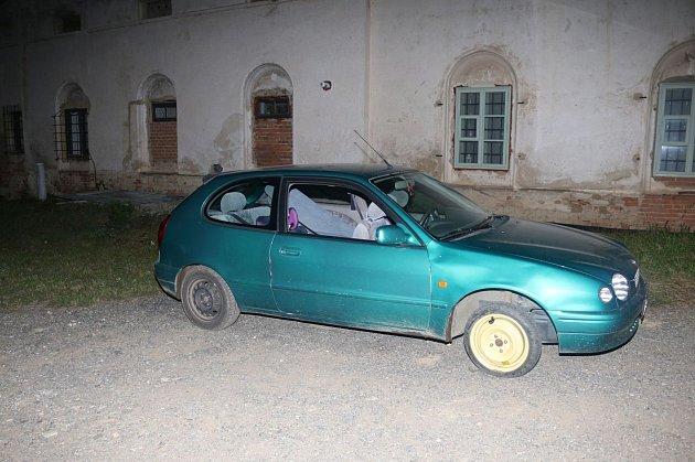 Snažil se ujel policistům. Řidič nadýchal 1,85promile alkoholu.