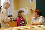 Zápis budoucích prvňáčků na základní škole v Adamově.