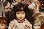 Muzeum Blanenska zpestřila výstava panenek. Až do konce roku.