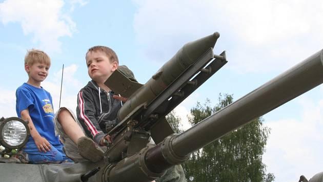 V Boskovicích se předvedl klub vojenských veteránů
